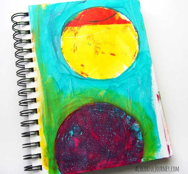 Video showing different ways you can use a round Gelli Plate as both a mask and for printing!Video showing different ways you can use a round Gelli Plate as both a mask and for printing!