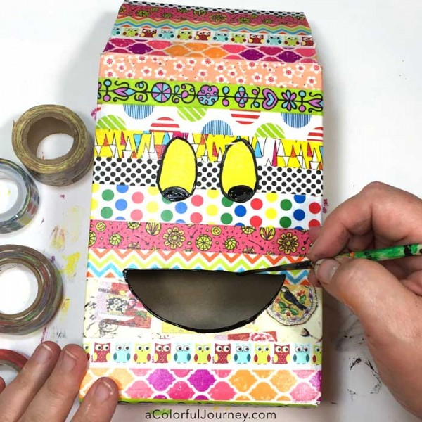 Upcycling a pasta box with washi tapes to make a fun gift box!