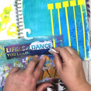art journaling video sharing how to be inspired by an everyday pattern