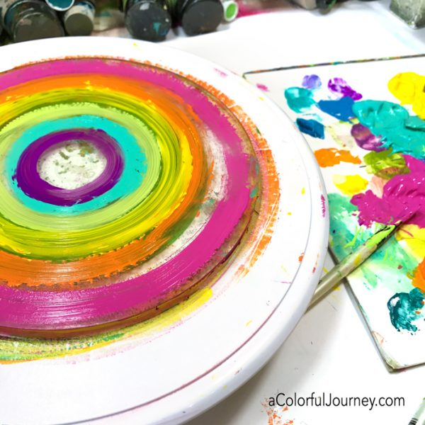 Gel printing rainbows with a round plate and a cake spinner video by Carolyn Dube